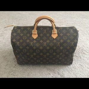 Authentic Louis Vuitton Speedy 40